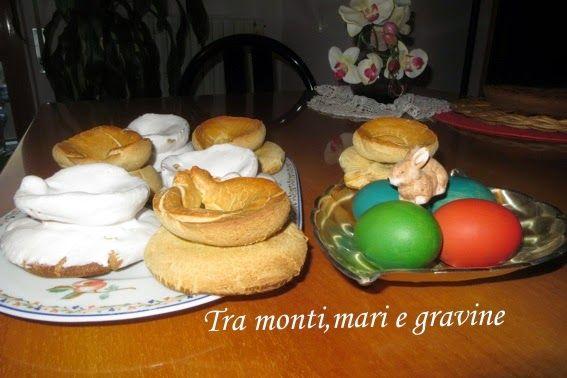 Tra monti, mari e gravine: Taralli con le uova glassati
