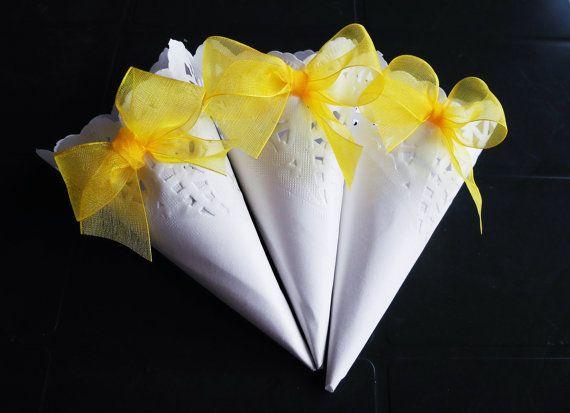 Coni Matrimonio, Carta Pizzo Bianca e Fiocco Organza Giallo, Set da 20 pezzi