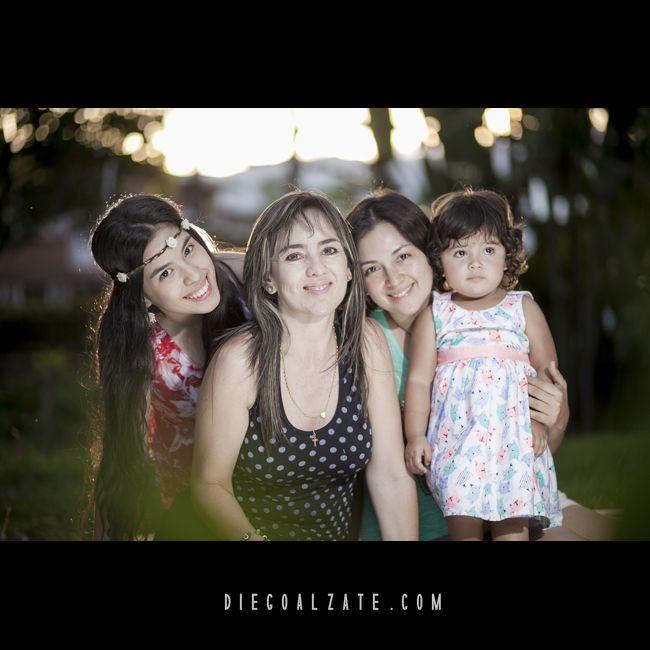 | FOTOGRAFÍA SOCIAL | Diegoalzate.com | Fotografía Social | Fotógrafo; @diegoalzatefotografo #fotografía #social #FOTOSSOCIALES #familia #fotoestudio #diegoalzate #colombia , Para ver más visita; on.fb.me/14M6JV9
