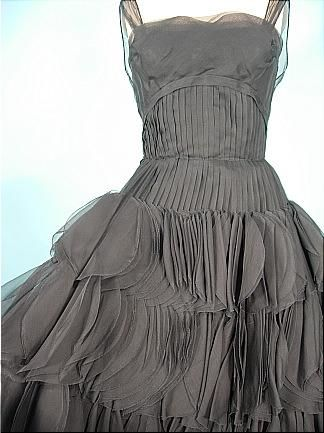 Jean Desses detail - the great Greek designer from Alexandria Egypt - Valentino worked for him early on