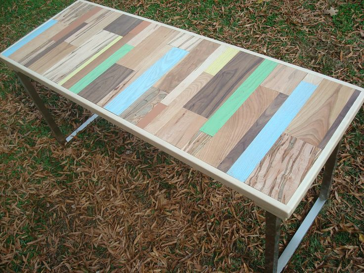 Reclaimed Wood Painted TableCoffe Tables, Coffee Tables, Reclaimed Wood Tables Tops, Chairs Under Kitchens Tables, Painted Tables, Wood Furniture Design, Wood Painting, Painting Tables, Wood Desks Design