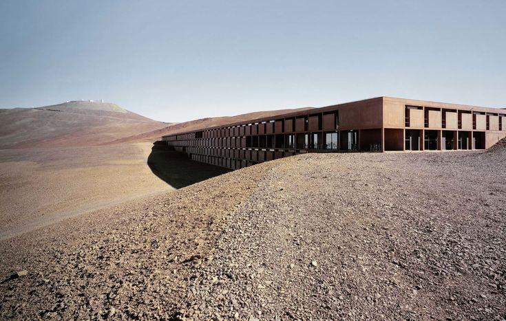Auer Weber  , Roland Halbe · ESO Hotel Cerro Paranal