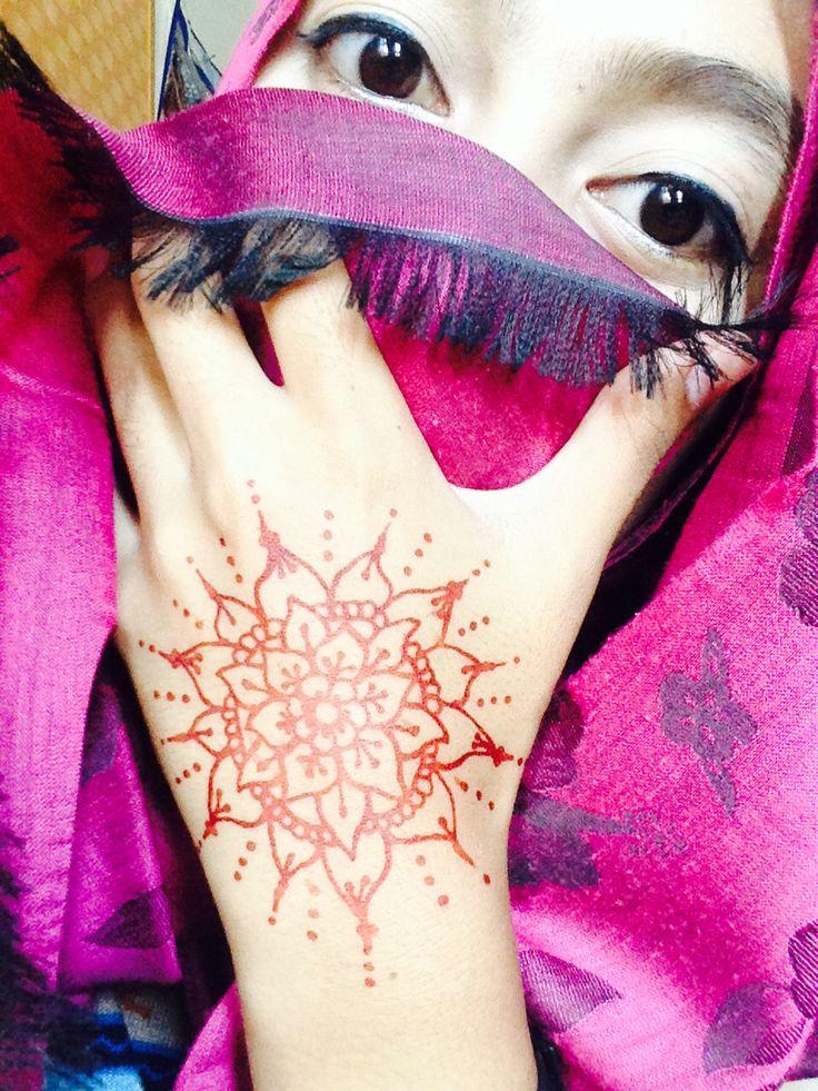 Henna fun