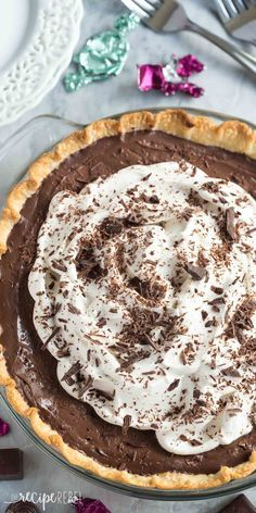 This Homemade Dark Chocolate Pudding Pie is the dessert for chocolate lovers!