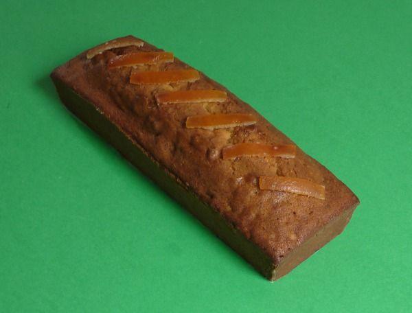 Cake al miele di castagno e canditi di arancia