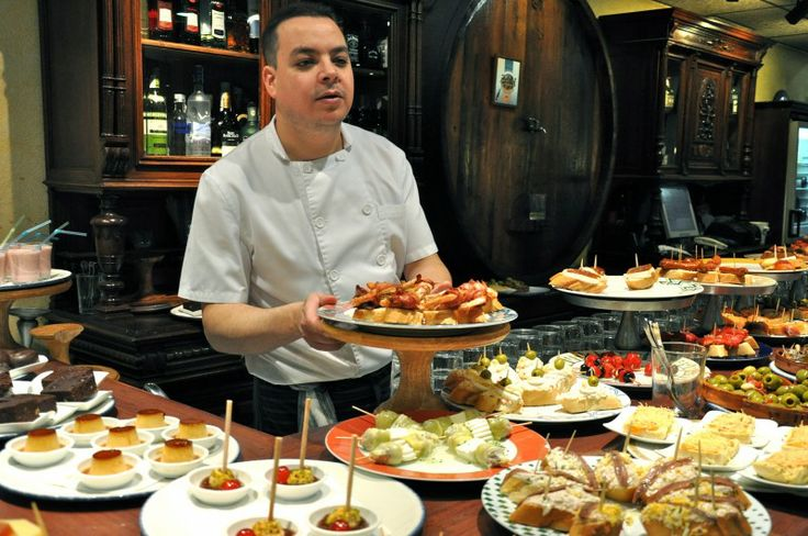 .Paellero Zuiders, Food And Wine, Favorite Places, Food Ideas, Expert Wine, Birthday Food, Culture Food, Cities Exploration, Barcelona Tapas