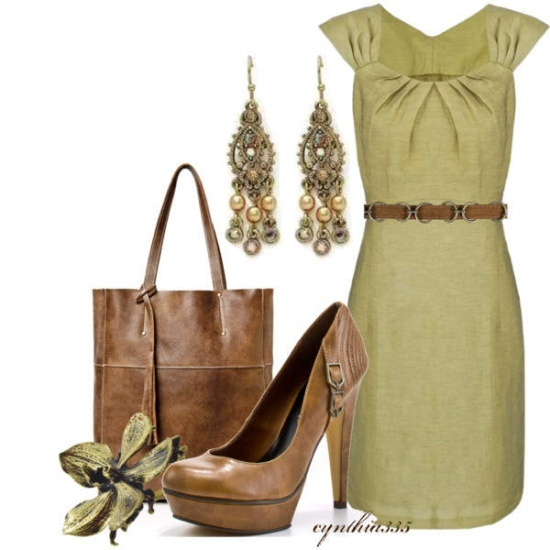 green Dress with green earrings and brooch, Brown shoes ans bag