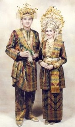 Wedding dress from Melayu – Siak – Riau - Indonesia