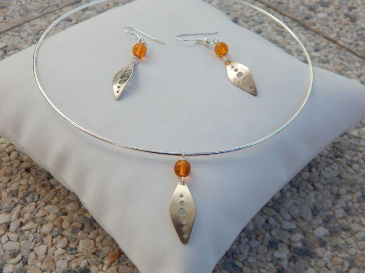 """**RESERVE** Parure """"Uno"""" argentée perles jaune topaze (boucles et collier assortis) : Parure par bijou-lie"""