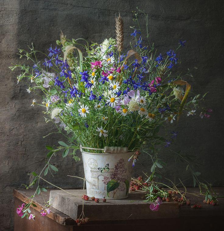 Still Life Photography Листая летний роман… © Olga Orlova
