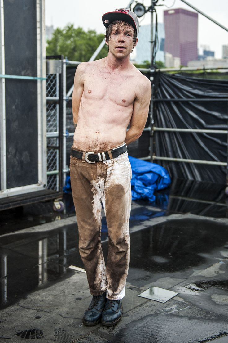 This dirty dude: | 28 Photos That Perfectly Capture Lollapalooza