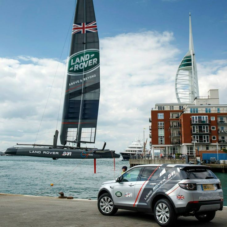 Land Rover is now a partner of Ben Ainslie Racing in Sailing (1)