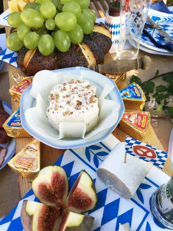 Ber ideen zu bayrische brotzeit auf pinterest bayrischer krautsalat wurstsalat und - Bayrische tischdeko ...
