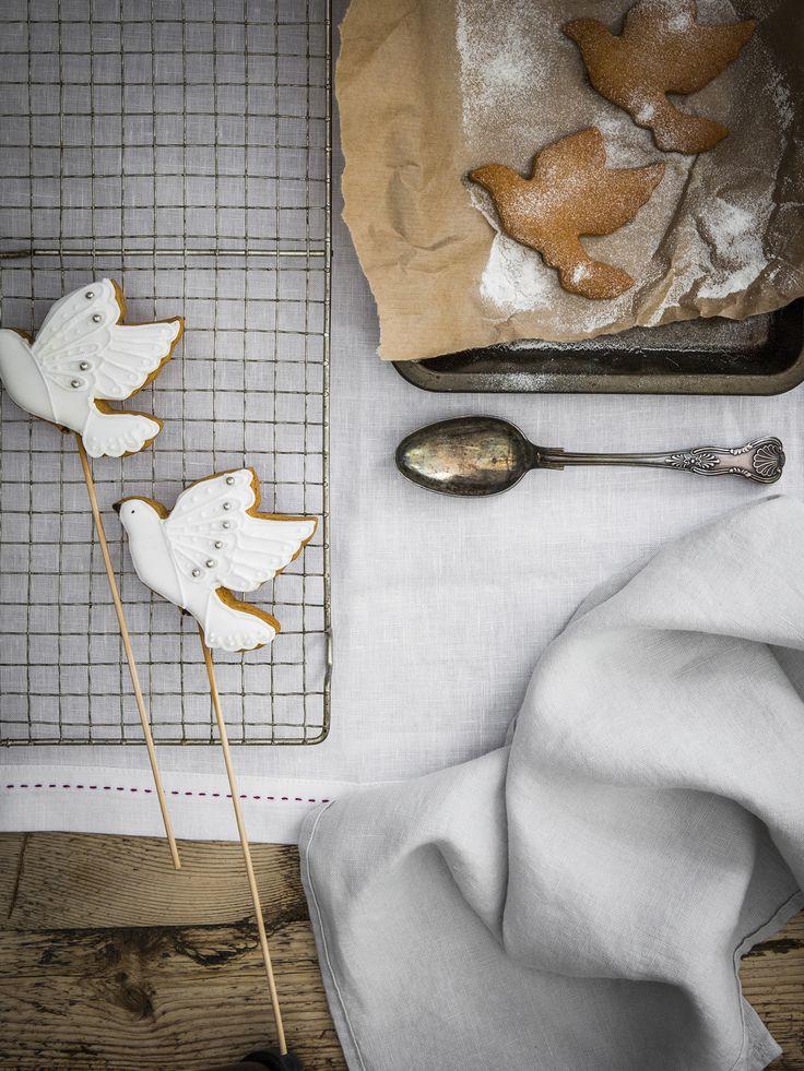 lifestyle|white with raspberry stitching