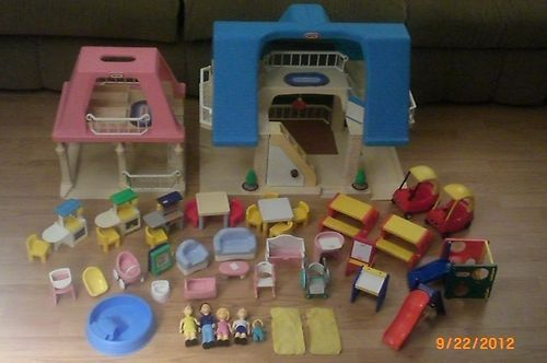 Toys For Grandparents House : Huge lot little tikes blue roof dollhouse grandma s house