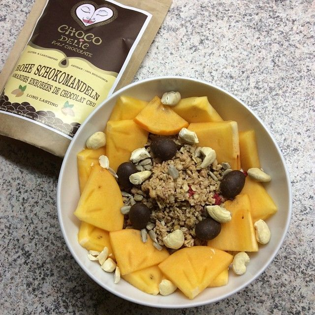 A delicious raw breakfast with CHOCOdelic!