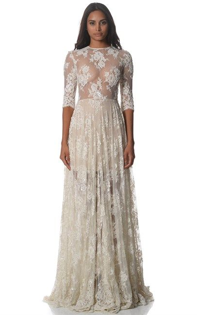 Wow, what a dress! White Isla Rose Couture Gown Sheath by the iconic Australian brand Alex Perry. The original price for this princessy gown was $16500 and is now $5000 at Ozsale.