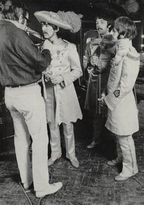524 Best Beatles In Black White Images On Pinterest