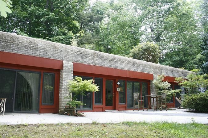 Berm Homes Advantages House House Plans: 139 Best Earth Sheltered Homes Images On Pinterest