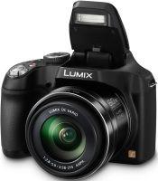 Panasonic Lumix DMC-FZ72: Der eingebaute Blitz reicht bis 13,5 Meter bei ISO 100.