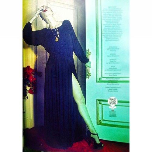 #vaniaromoff #fashion #fashion #dress #editorials #magazine