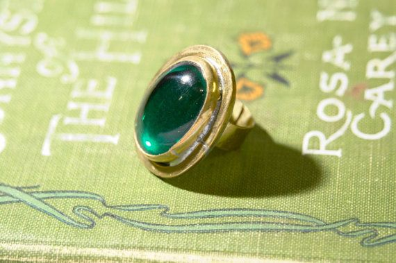 Rafael Alfandary Brass Ring.  Stunning modernist design with organic lines.  1970s $100.00 https://www.etsy.com/listing/151181374/rafael-alfandary-modernist-green-and?ref=v1_other_2