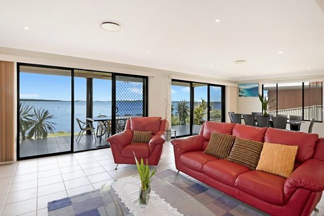 Fisherman's Paradise - Absolute Waterfront with Boat Ramp   Toukley, NSW   Accommodation