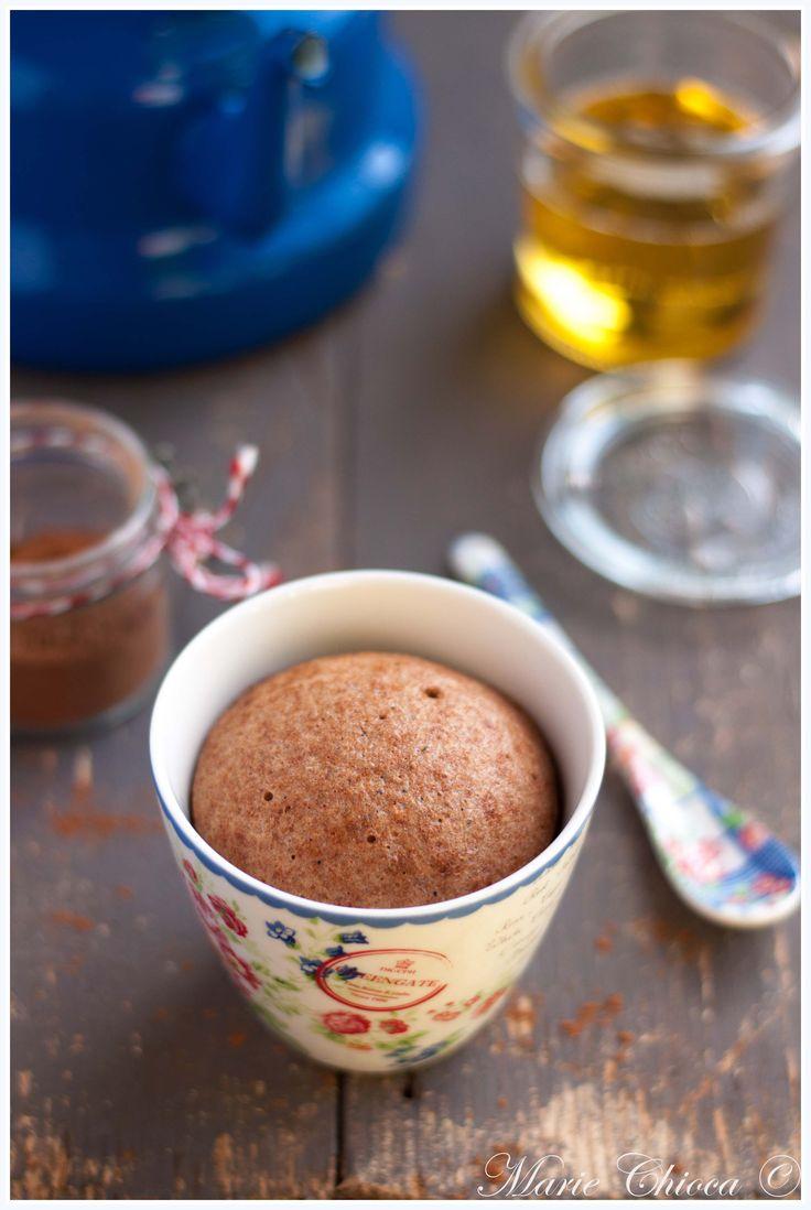 """Mug-cake """"pain d'épices"""" à IG Bas… sans micro-ondes (et sans four du tout !)"""