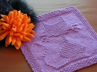 One Crafty Mama: Halloween Cat Dishcloth knitted
