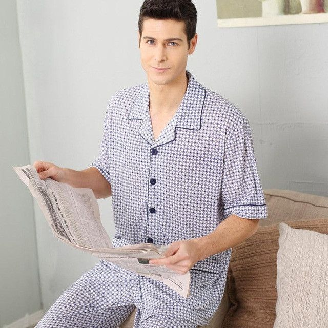 Short Sleeved Summer Cotton Pajamas Men Half Sleeve Trousers And Men Casual Style Of Cotton Home Furnishing Thin Summer Suit