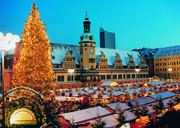 9 Vibrant Christmas Holiday Destinations in Europe | tourismontheedge.com