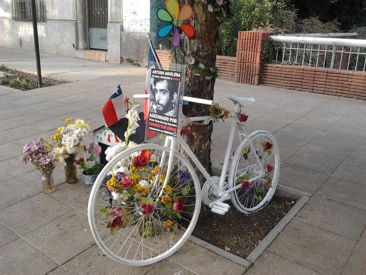 Animita a Ciclista (Providencia).
