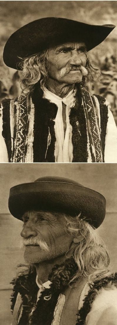Mirifica Romanie in Alb Si Negru - 1933