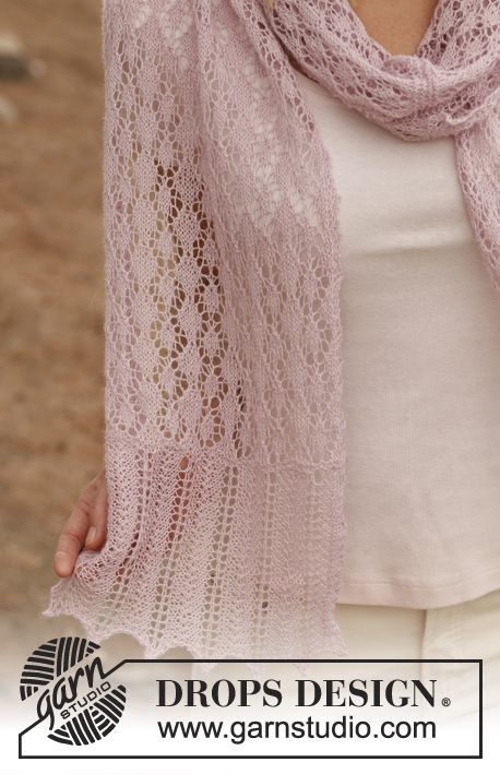 """Knitted DROPS scarf with lace pattern in """"Lace"""". ~ DROPS Design"""