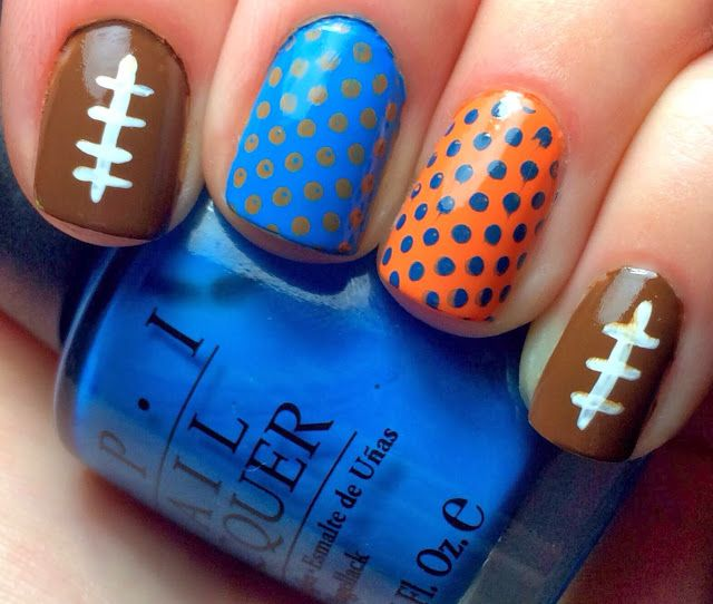 Nails by an OPI Addict: Packers vs Bears