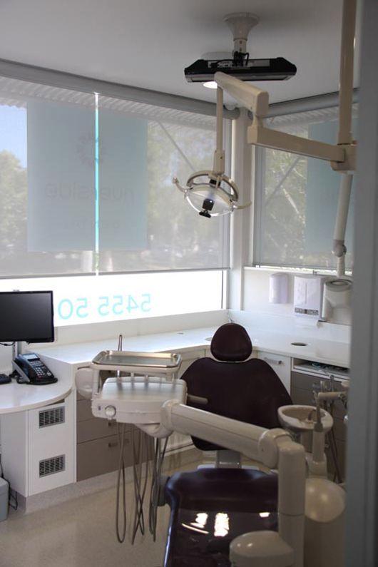 [ staron solid surface : EY510 - Metallic Yukon, FM111- Tempest Meteor ] Dental clinic : Riverside dental, Queensland, Australia, designed by Anthony Connor, Ego Squared design
