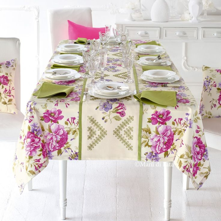 Oltre 10 fantastiche idee su fiori a punto croce su - Stoffe per tovaglie da tavola ...