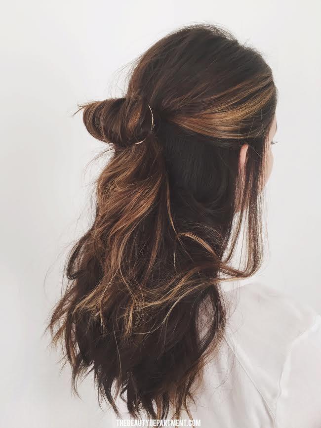 a full circle hair clip for a fresh half up