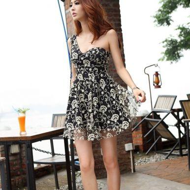 Charming Single Shoulder Chest Pad Black Dress