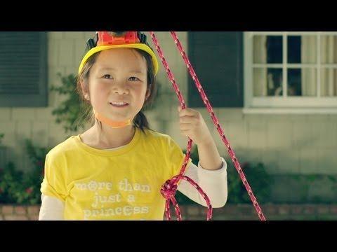 "GoldieBlox & Rube Goldberg ""Princess Machine"" - YouTube"