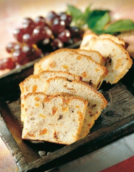 Hedelmäinen leipä | Leivät ja sämpylät | Pirkka