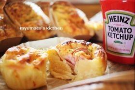 「オニオンベーコングラタンパン」みゅまこ | お菓子・パンのレシピや作り方【corecle*コレクル】