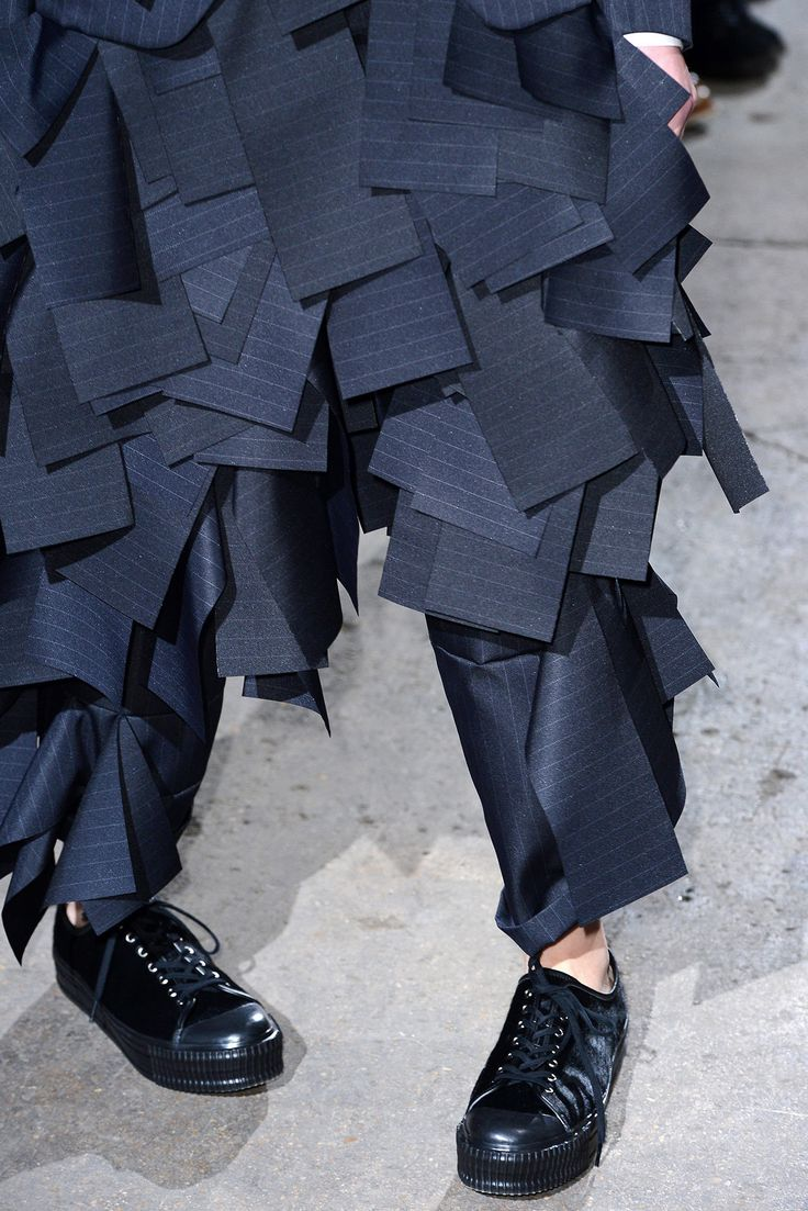Fall 2013 Ready-to-Wear - Comme des Garçons