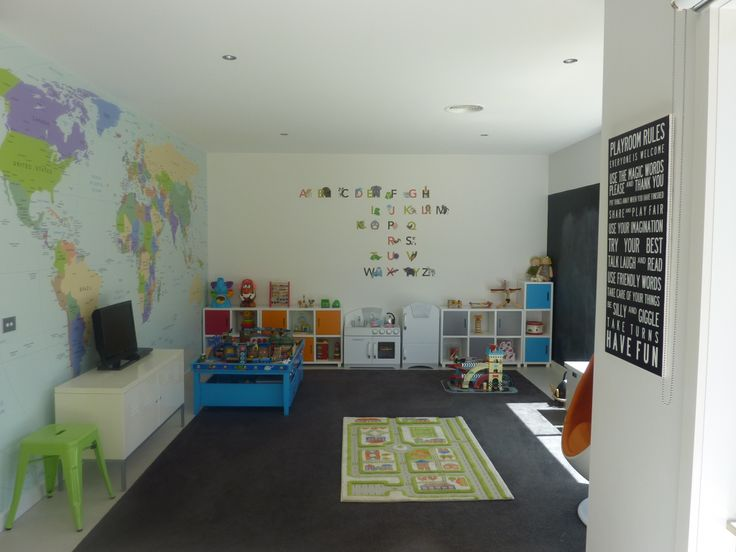 Awesome world map wall paper and LOVE the 'playroom rules' idea...must track this down.
