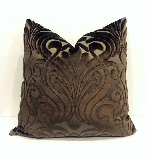 Luxury Brown Velvet Pillow Cover Brown Pillows Velvet Etsy Velvet Pillow Covers Velvet Pillows Brown Pillows
