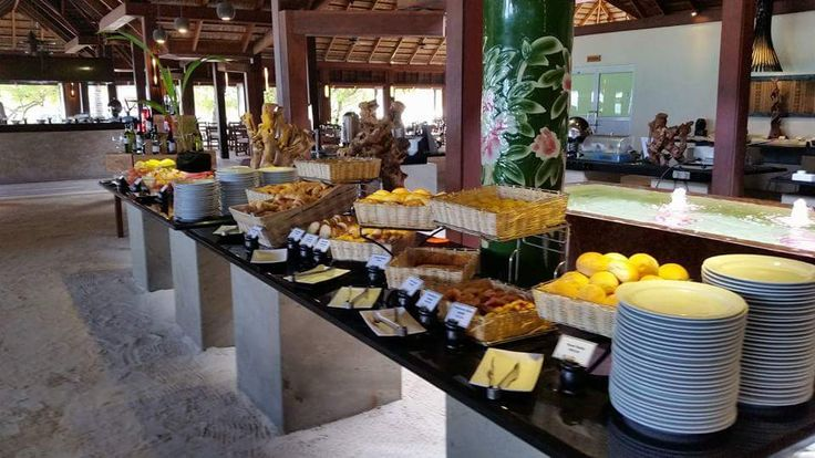 Buffet style meals at Meeru. All-Inclusive!!