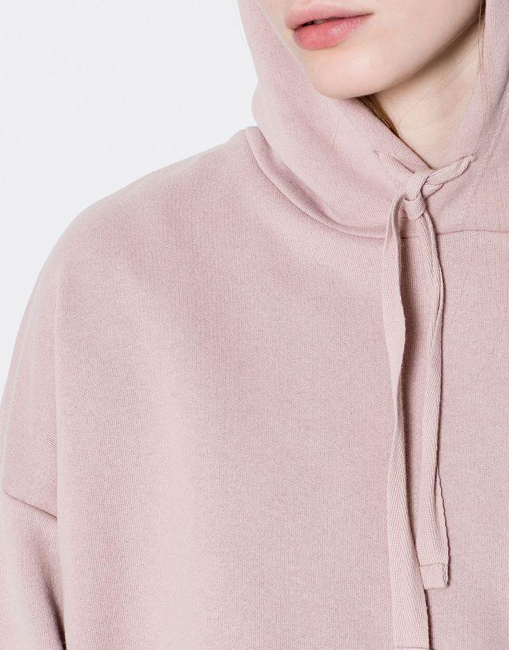 Basic hooded sweatshirt - Basics - Mikiny - Oděvy - Ženy - PULL&BEAR Czech Republic