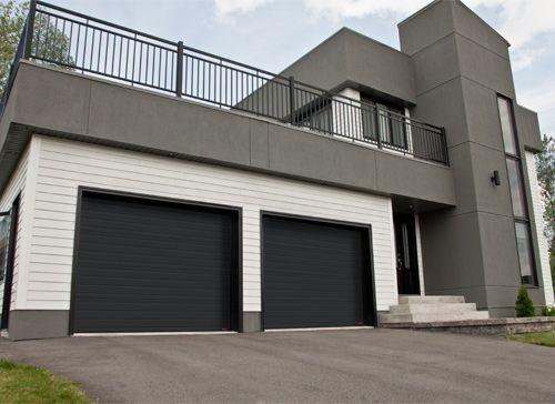 Garaga - Portes de garage Standard+, modèle rainuré, noir