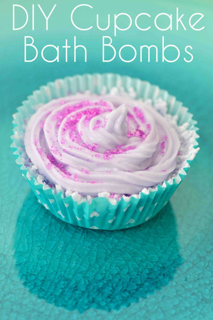 DIY Cupcake Bath Bombs #diywedding #weddingfavors