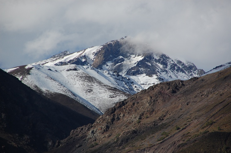 Camino a Embalse del Yeso en Moto - Cordillera de los Andes
